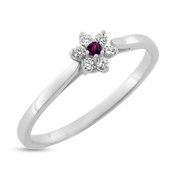 Ring roset rubin 0,02 ct. + 6 brill. a 0,015 w/vs 14 kt. hvg.
