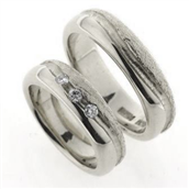 Vielses & Forlovelses ringe, i d- ring 3 brill. a 0,05 w/vs.,  5,9*2,3 mm. 925 s.