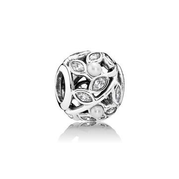 37cb168fd12 Buy vikinge ørepynt perle af sølv fundet på kæde sammen med perler ...