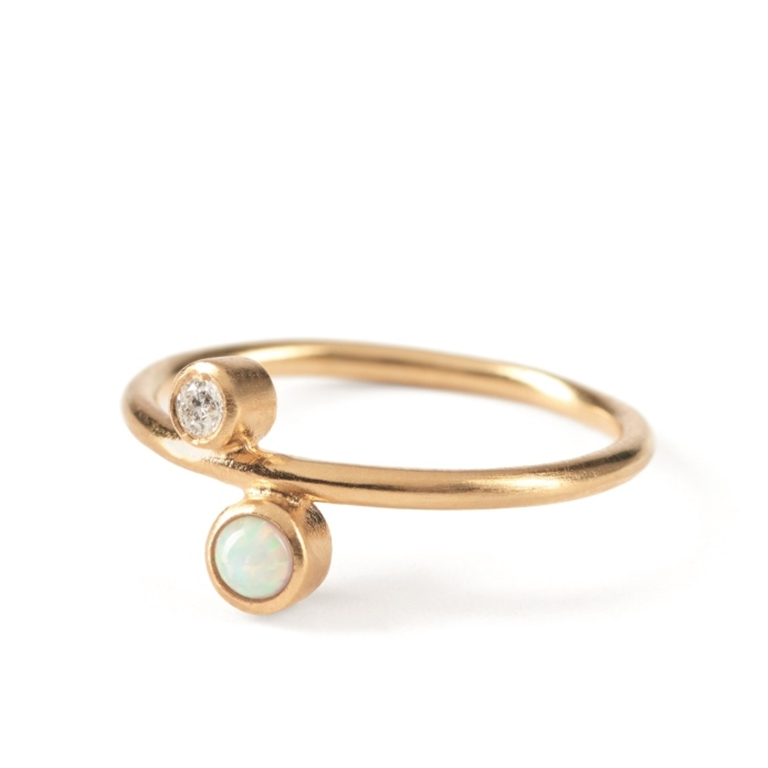029e02aca5e Pernille Corydon Sirius ring sølv forgyldt m diamant og opal *
